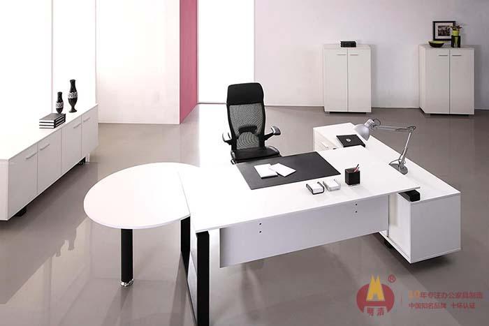 经典黑白几何中层办公桌.jpg